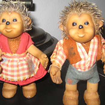 1950s Steiff hedgehogs