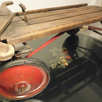 Mystery Antique Wheeled Sled - Sporting Goods