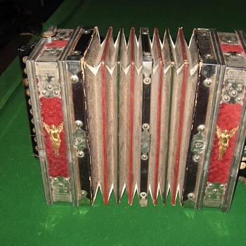 Squeeze Box - Music Memorabilia