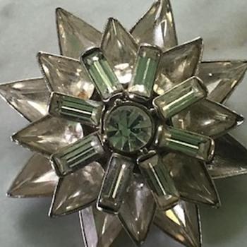 beautiful piece - Costume Jewelry