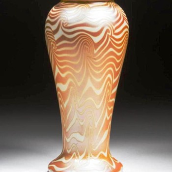 Durand Opal with Gold King Tut Vase c.1925. - Art Glass