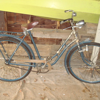 Durkopp Diana Bicycle early 1900s? - Sporting Goods
