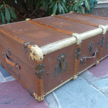 Turn-of-the-Century Ernst Lange Steamer Trunk - Furniture