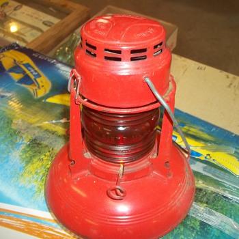 VINTAGE RAILROAD LAMP