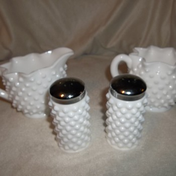Fenton hobnail table setting - Glassware
