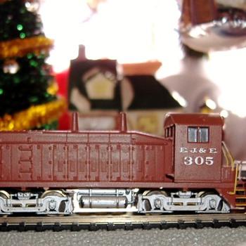 EJ&E #305 SW9/1200 N scale - Model Trains