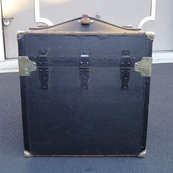 Innovation Trunk Co. Canvas Covered Hat/Bonnet Trunk #2 - Furniture