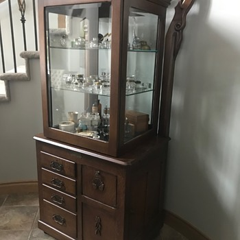 My Great-grandfather's Medical Cabinet - Furniture