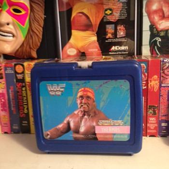 Vinatge WWF Thermos Hulk Hogan Lunchbox