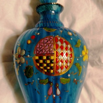 Vintage perfume bottle - Art Glass