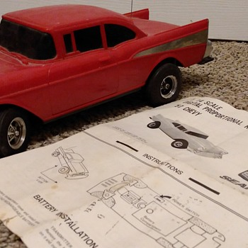 VINTAGE RADIO CONTROLLED 57 CHEVY SOLD BY SEARS - Model Cars