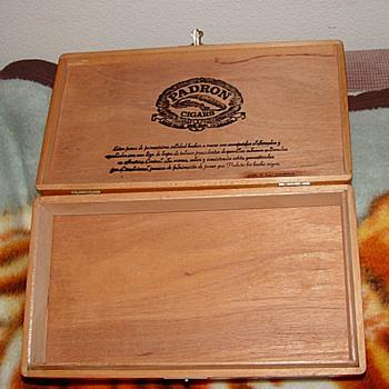 PDRON Cigar Box - Tobacciana