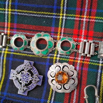 When I travel to Scotland in my mind - Fine Jewelry