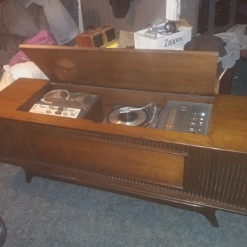 Finally found my favorite mid century modern console stereo and is safe at home  - Electronics