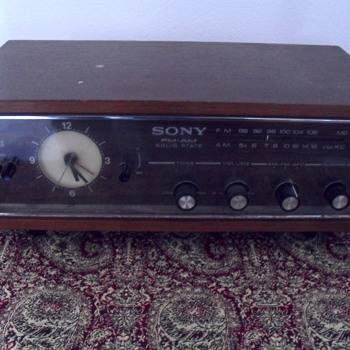 Sony radio clock. model 8FC.