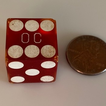 can anyone ID the casino these dice came from?..Las Vegas 1980's...Bakelite with large OC stamp.. - Games