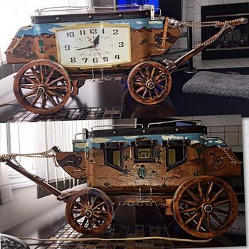 Vintage Stagecoach Mantel Clock - Clocks