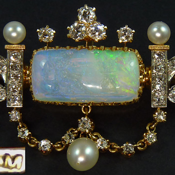 Jaques & Marcus Brooch/Pendant with Opal Intaglio by Wilhelm Schmidt, circa 1890 - Fine Jewelry