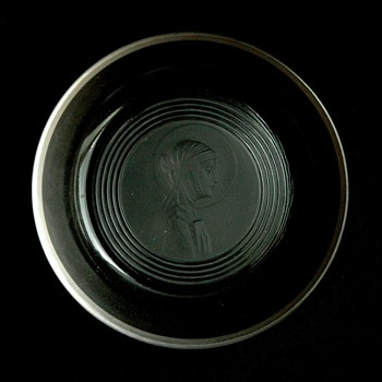 "french art deco glass ashtray ""sainte odile"" by RENE LALIQUE - Art Deco"