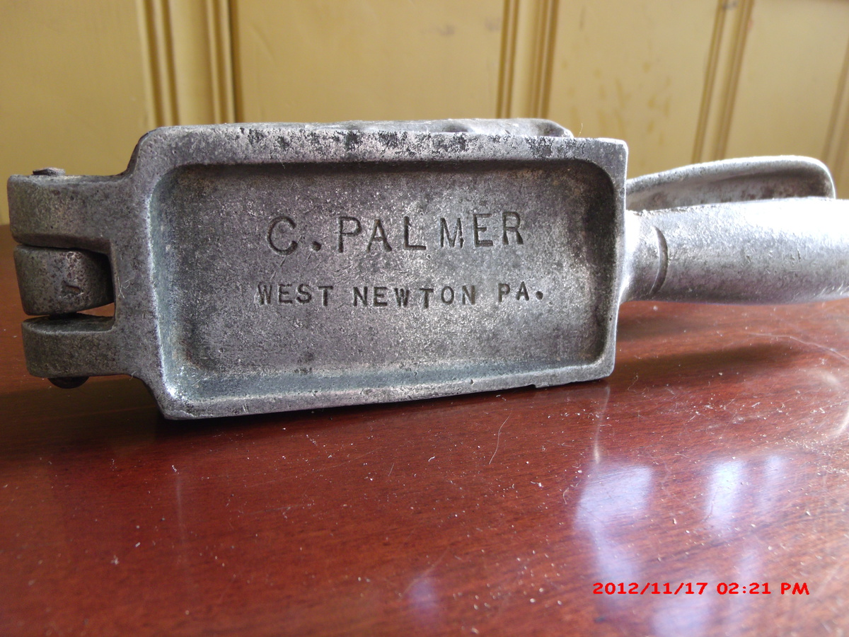 Vintage Palmer 101 lead fishing sinker mold  | Collectors Weekly