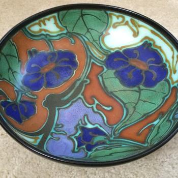 Large Gouda pedestal Fruit Bowl - Pottery