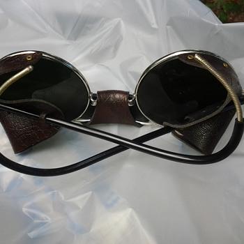 vintage World War ll Aviator sunglasses