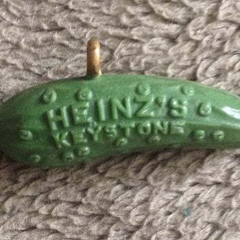 Heinz 1893 World's Fair Expositions Original Pickle Pin - Advertising