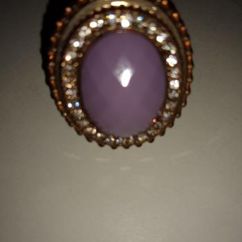Purple ring - Costume Jewelry