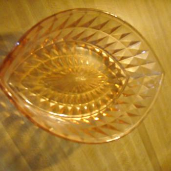 Depression Windsor Pink dishes - Glassware