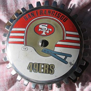 Grille Badge Emblem W San Francisco 49ers Helmet Logo: 1964 - 1988