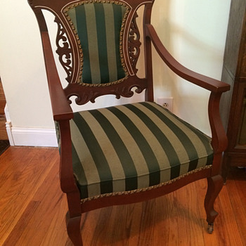 Victorian, Queen Anne, or another style?