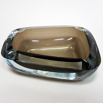 Where is this beautiful chunky ashtray from? - Glassware