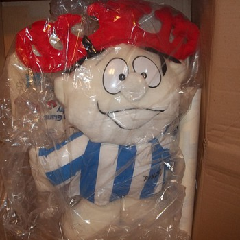 """Punchy 30"""" with all store display (not used) & original box - Advertising"""