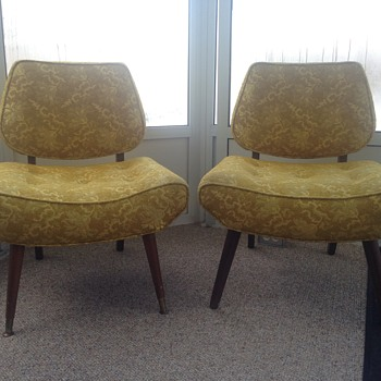 1950's set - need help identifying these chairs