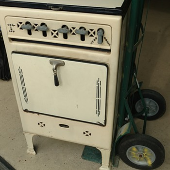New find..Prosperity art deco stove - Art Deco