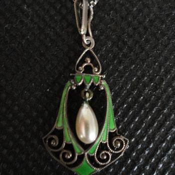 Jugendstil Silver and Enamel Pendant by Kollmar & Jourdan of Pforzheim c. 1900 - Fine Jewelry