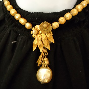 Early Miriam Haskell Faux Pearl Necklace - Costume Jewelry