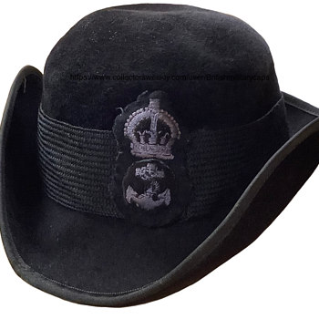 World War Two Royal Navy WRNS Tricorne Hat. - Military and Wartime