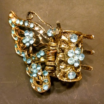 butterfly hair clip - Costume Jewelry
