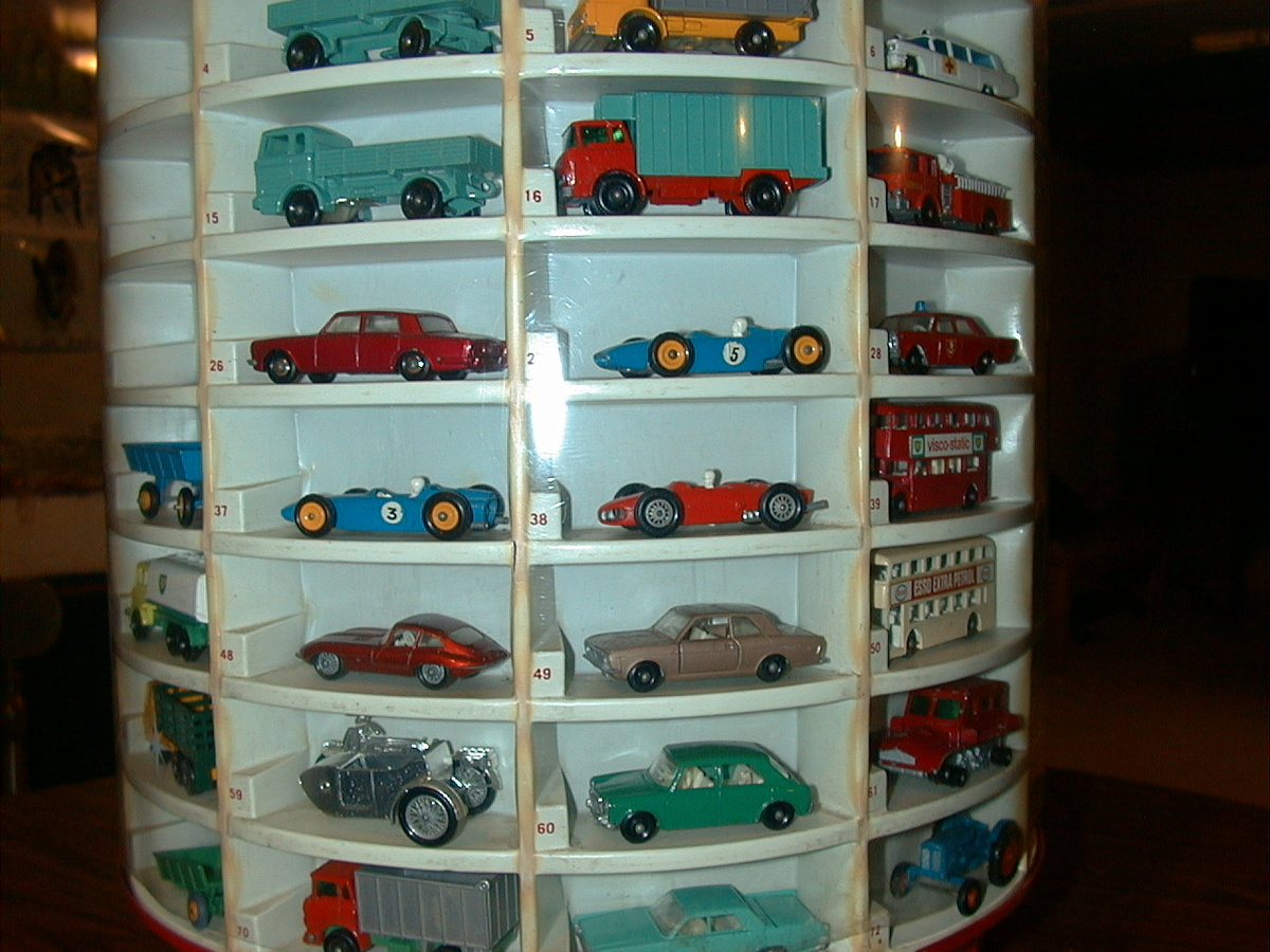 Toy Car Case : Matchbox cars with display case collectors weekly