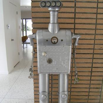 Clayton Bailey Robots
