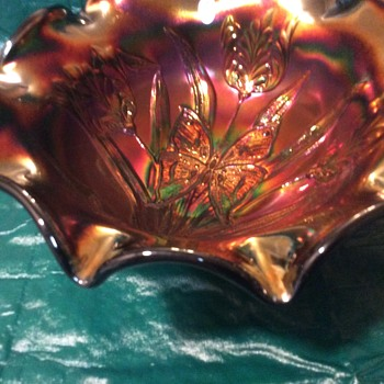 Fenton butterfly tulip bowl....help..does anyone know about these? - Glassware