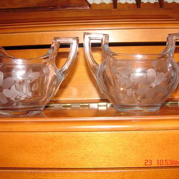 Sugar and creamer - Glassware