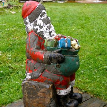 vintage fiberglass Santa - 3 feet tall what age? - Christmas