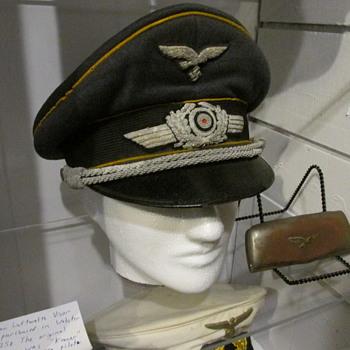 WWII German Luftwaffe Pilot Officer Visor Cap