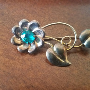 Simple Floral Theodore Fahrner Brooch