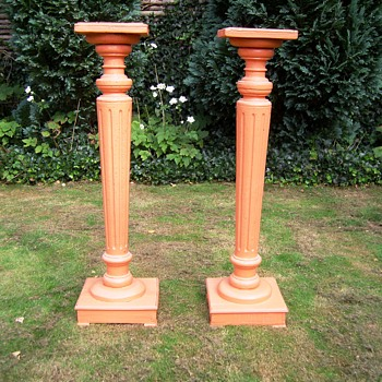 Pedestals. From where and when ? - Furniture