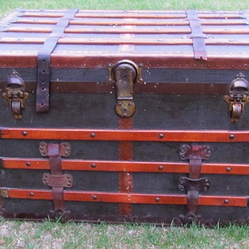 "Antique M. Langmuir Canada Narrow Slat 32"" Steamer Trunk. - Furniture"