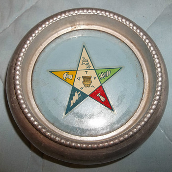 Vintage Silver Crest Silver Mfg Co. coaster / IS THIS SILVER ?