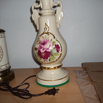 Old porcelain lamps, what year made? - Lamps